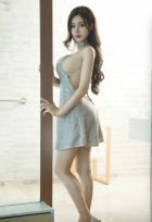Singapore girl Sophia, +973 34 528 088, starts from 100 BHD per hour